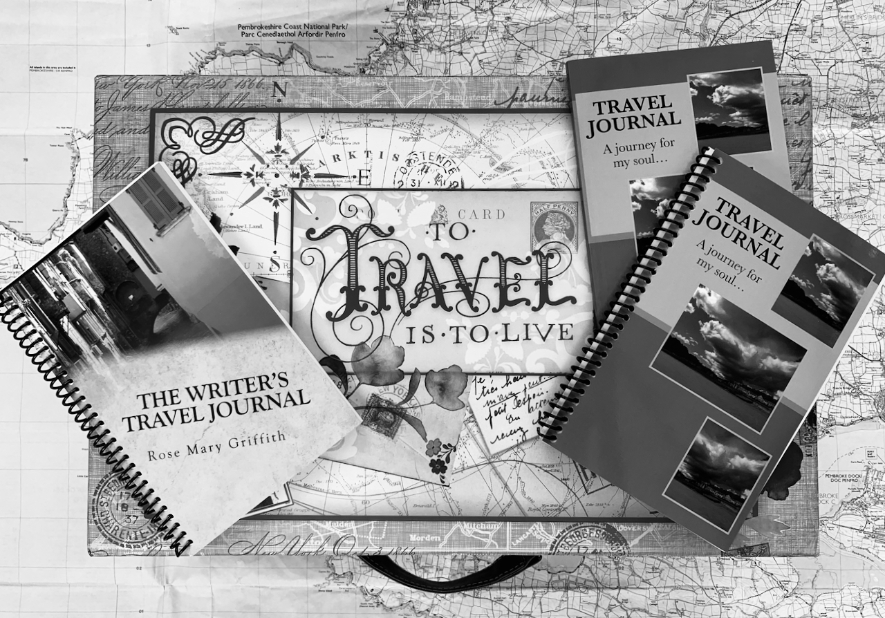 Black & White travel journals