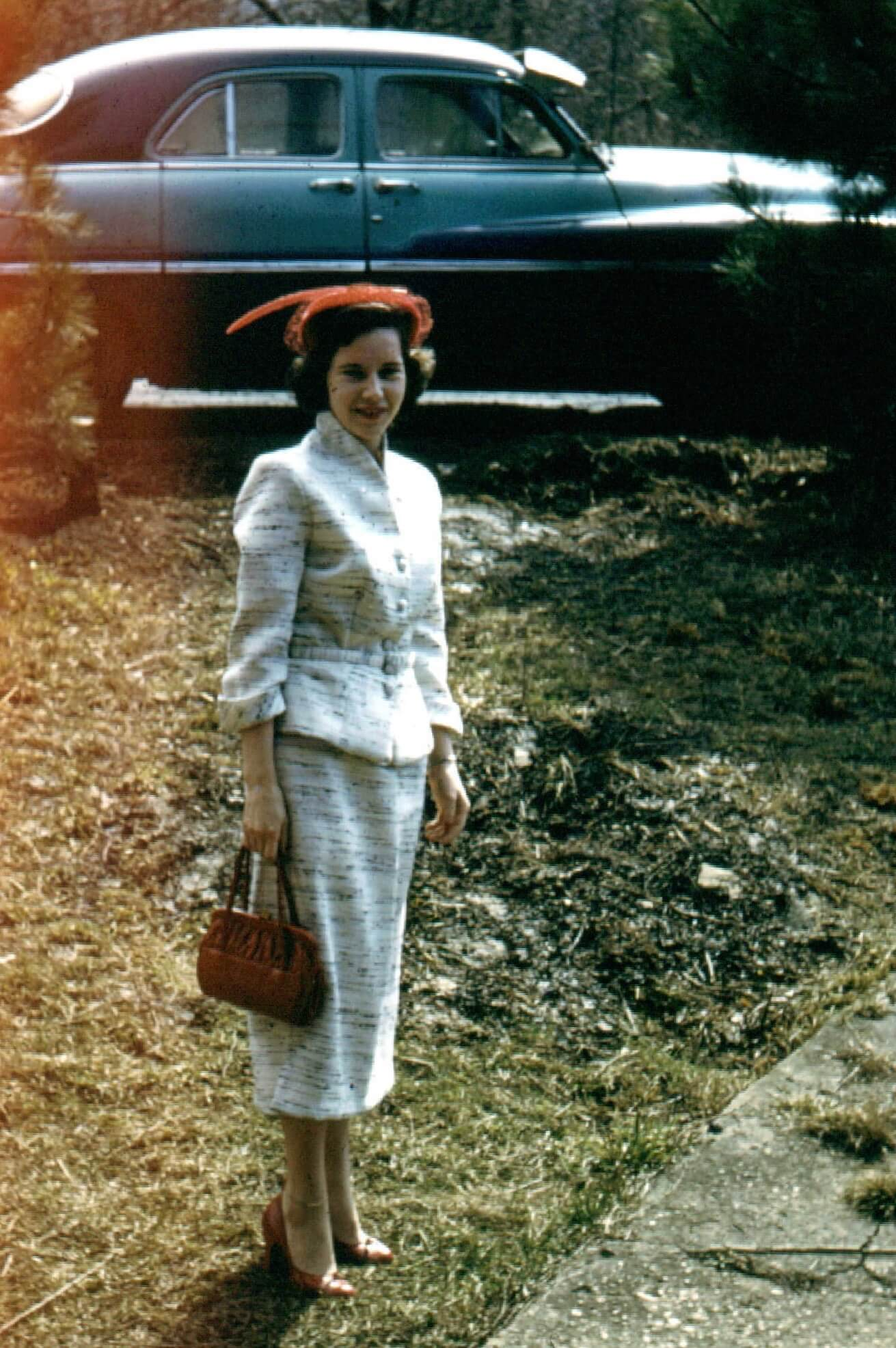 mother, 1950s dress